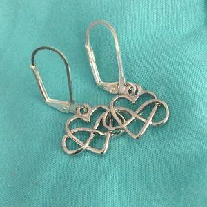 Jewelry - Infinity heart silver drop earrings